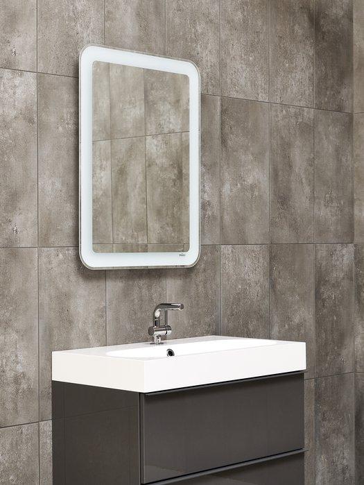 Miroir contemporain pour salle de bains branchée 01