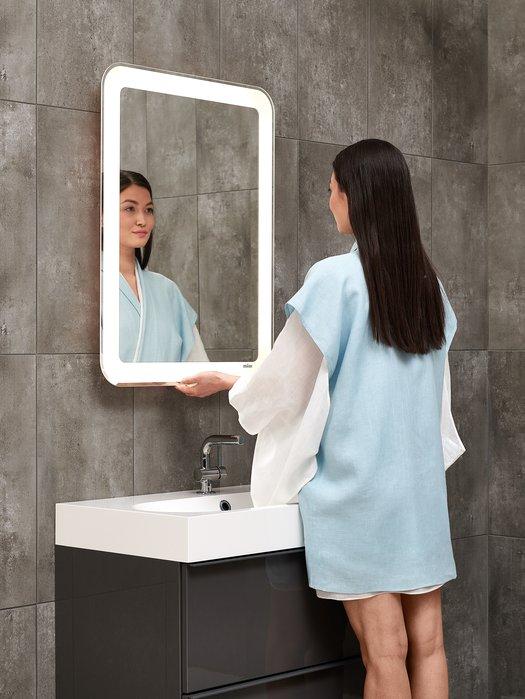 Miroir LED extensible pour une position ergonomique 02