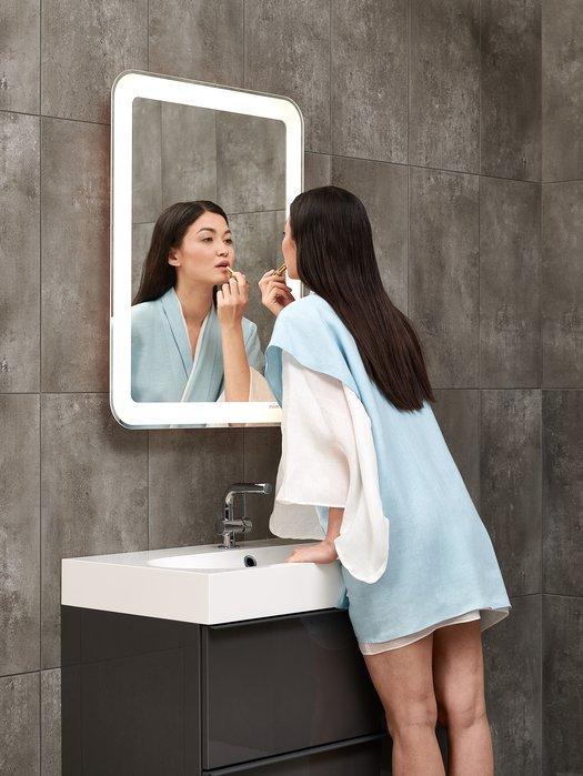 Miroir LED extensible pour une position ergonomique 03