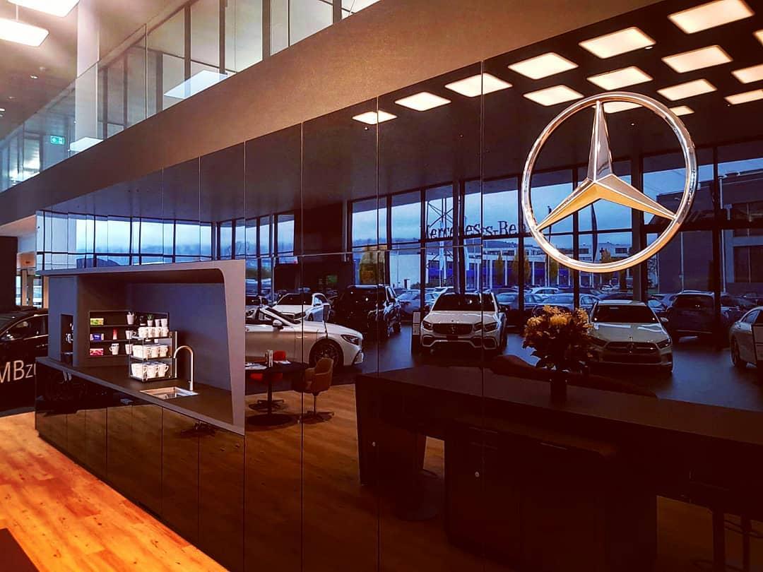 Mercedes-in-Krueger-Manier