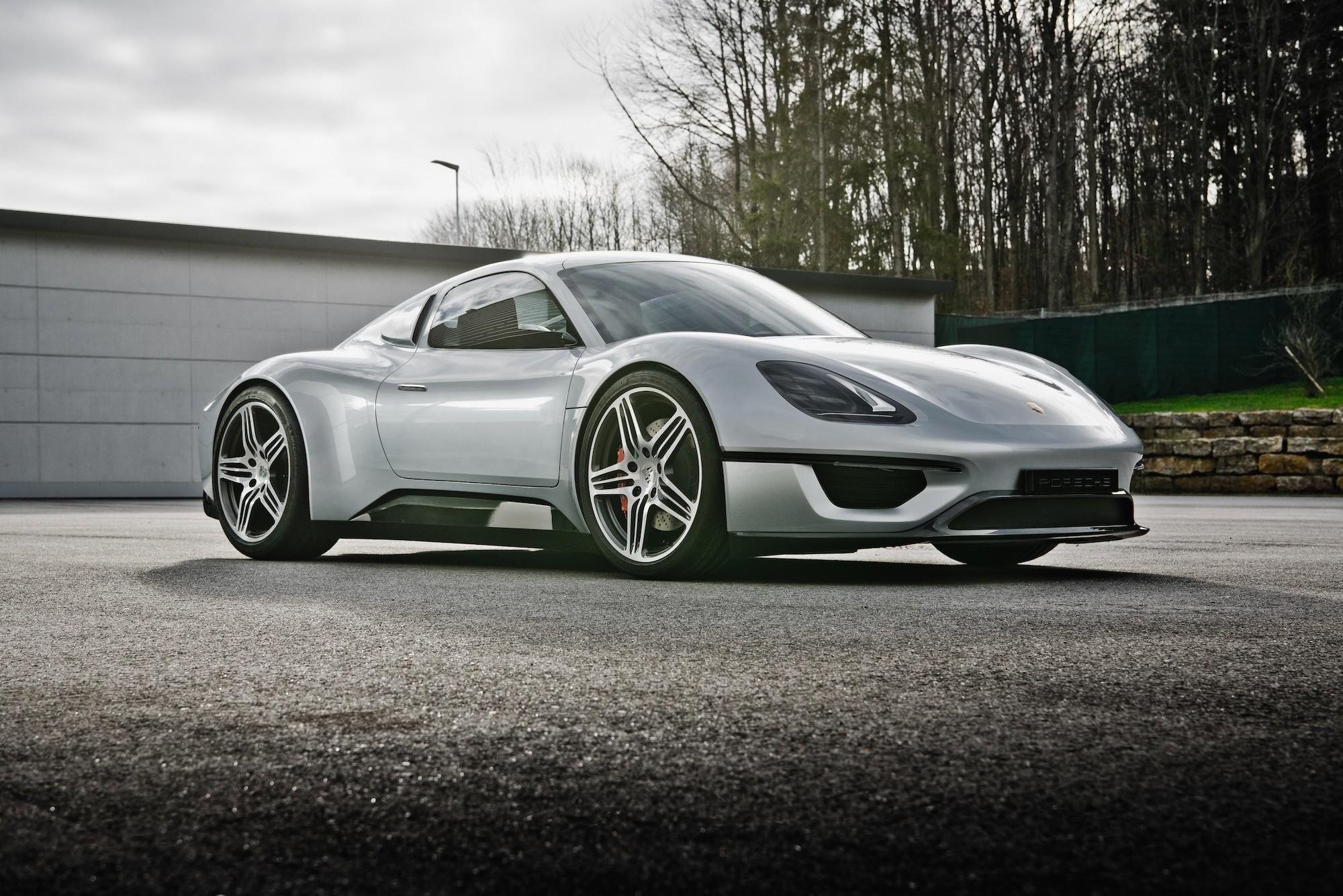 Porsche-904-Living-Legend