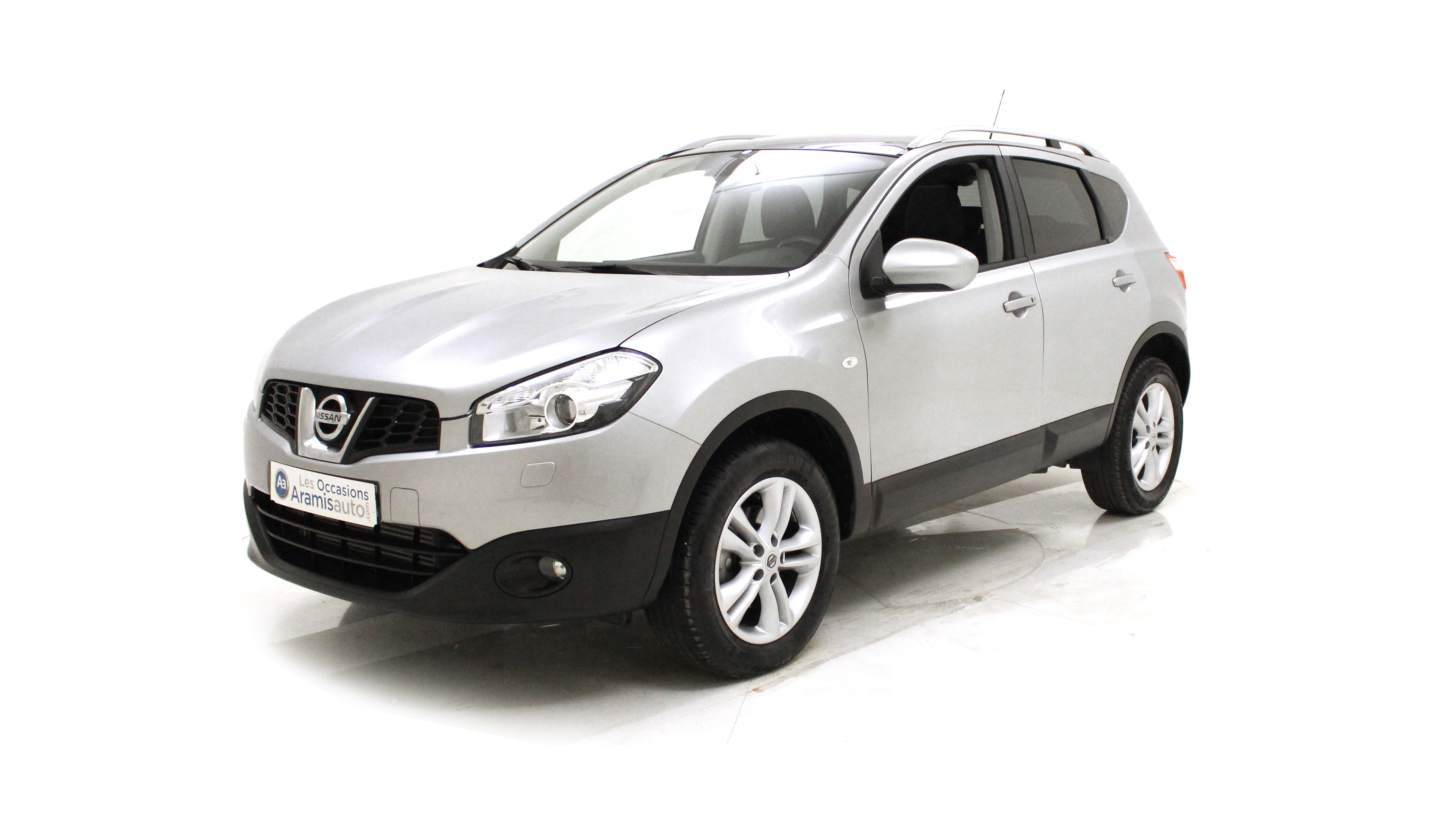 nissan qashqai 4x2 et suv 5 portes diesel 1 6 dci 130 bo te manuelle finition tekna. Black Bedroom Furniture Sets. Home Design Ideas