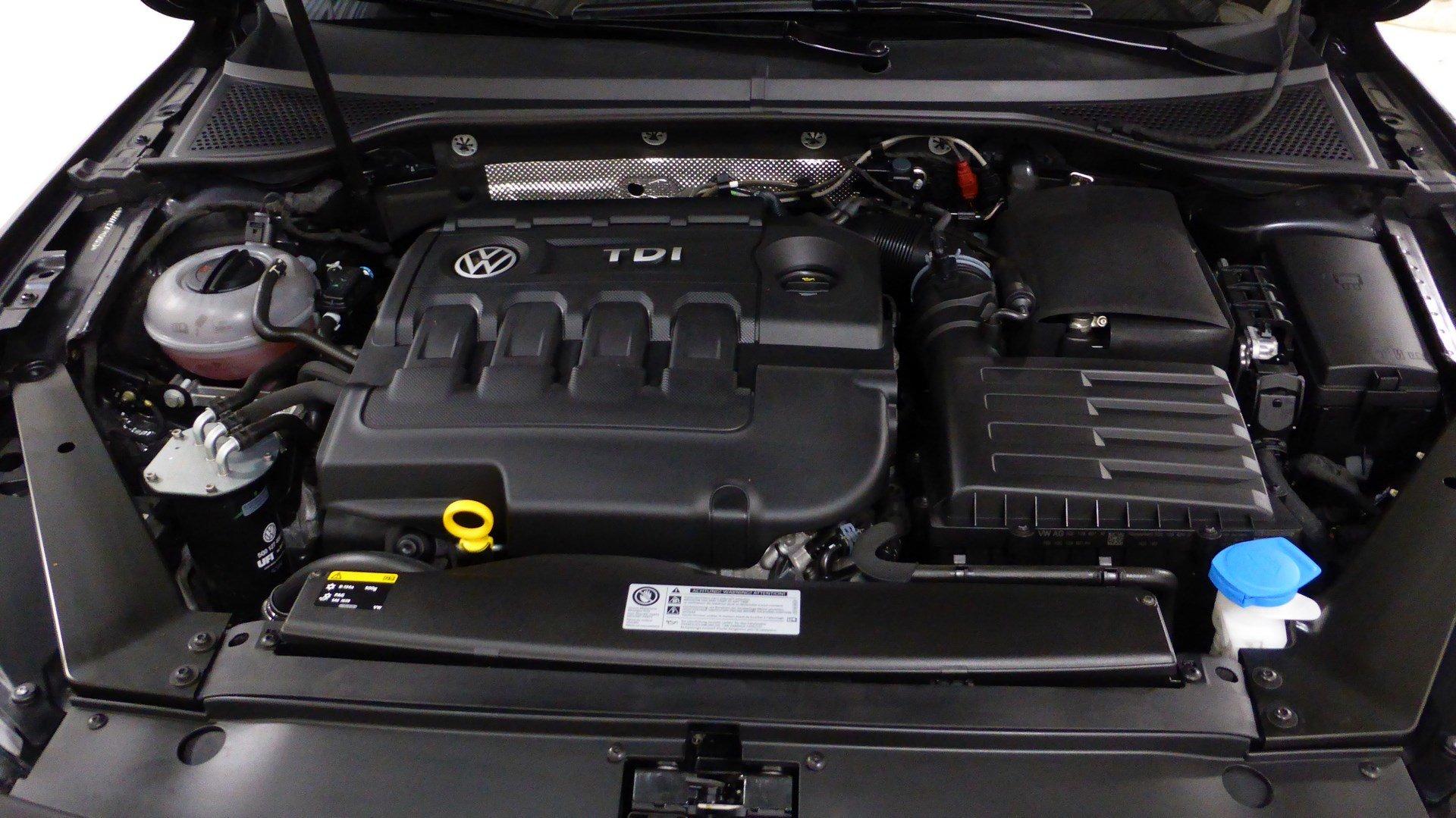 volkswagen passat sw nouvelle break 5 portes diesel 2 0 tdi 150 dsg6 bo te automatique. Black Bedroom Furniture Sets. Home Design Ideas