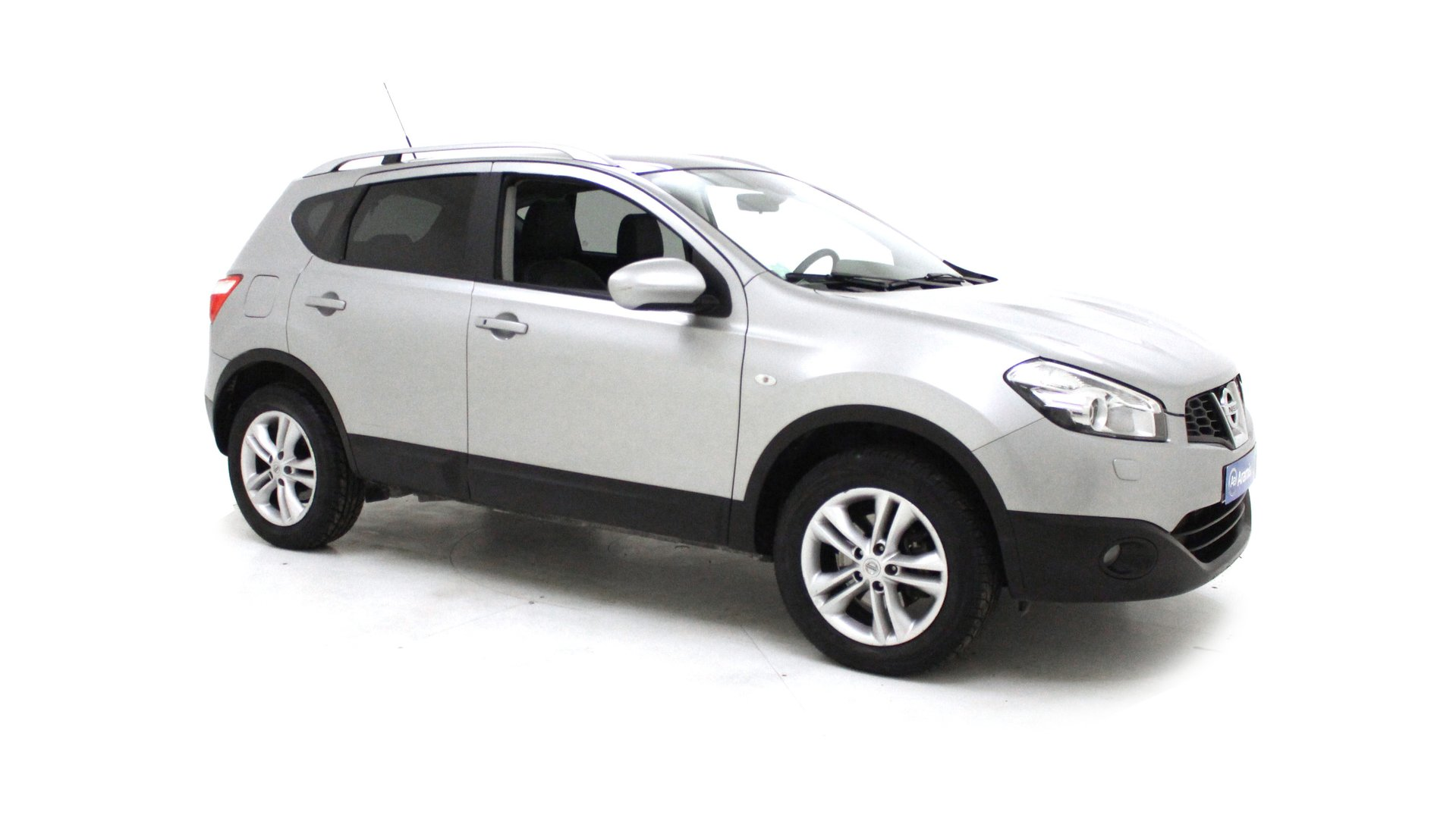nissan qashqai 4x2 et suv 5 portes diesel 1 5 dci. Black Bedroom Furniture Sets. Home Design Ideas