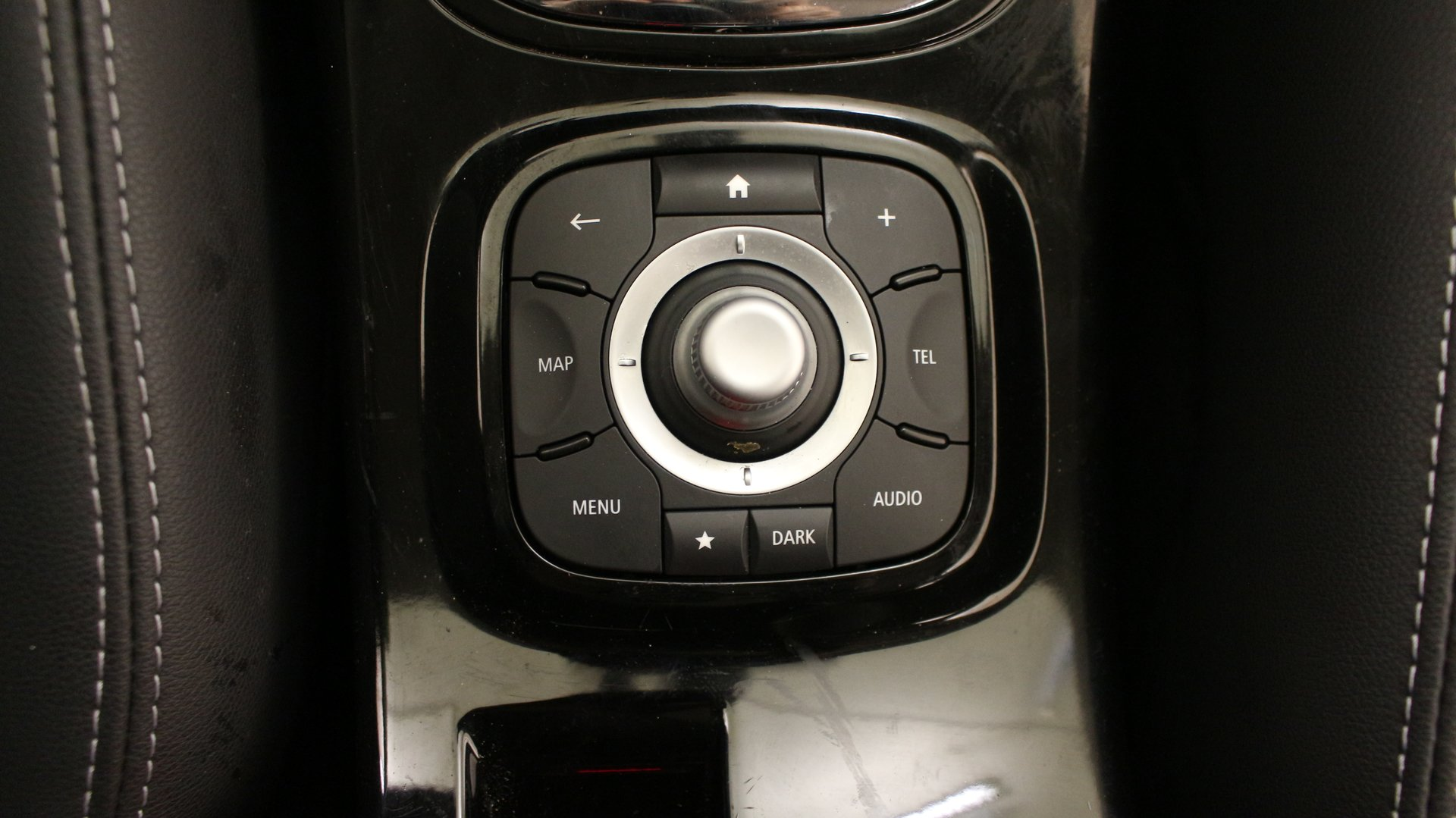 renault m gane 3 berline compacte 5 portes diesel. Black Bedroom Furniture Sets. Home Design Ideas