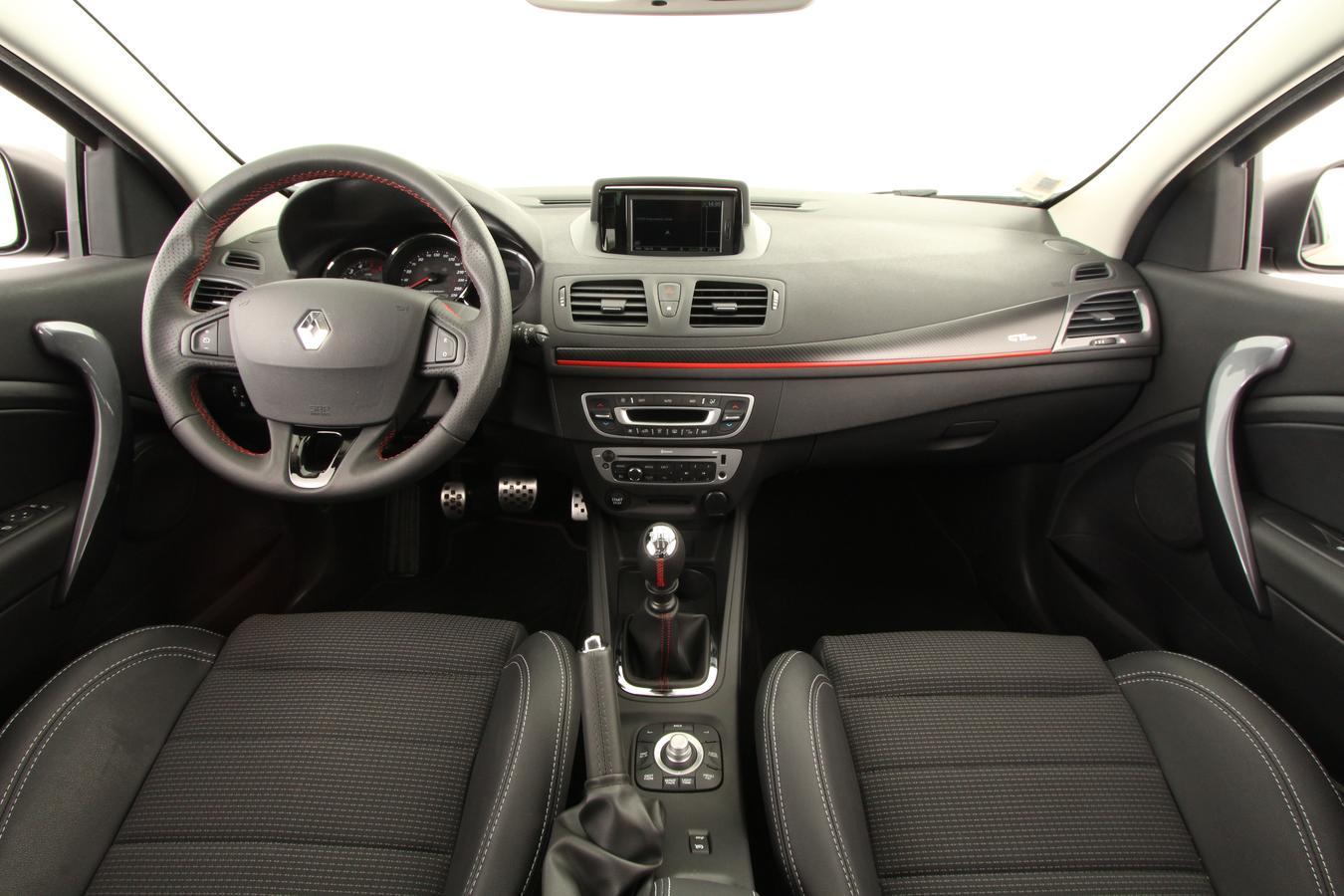 renault m gane 3 coup berline compacte 3 portes diesel dci 130 bo te manuelle. Black Bedroom Furniture Sets. Home Design Ideas