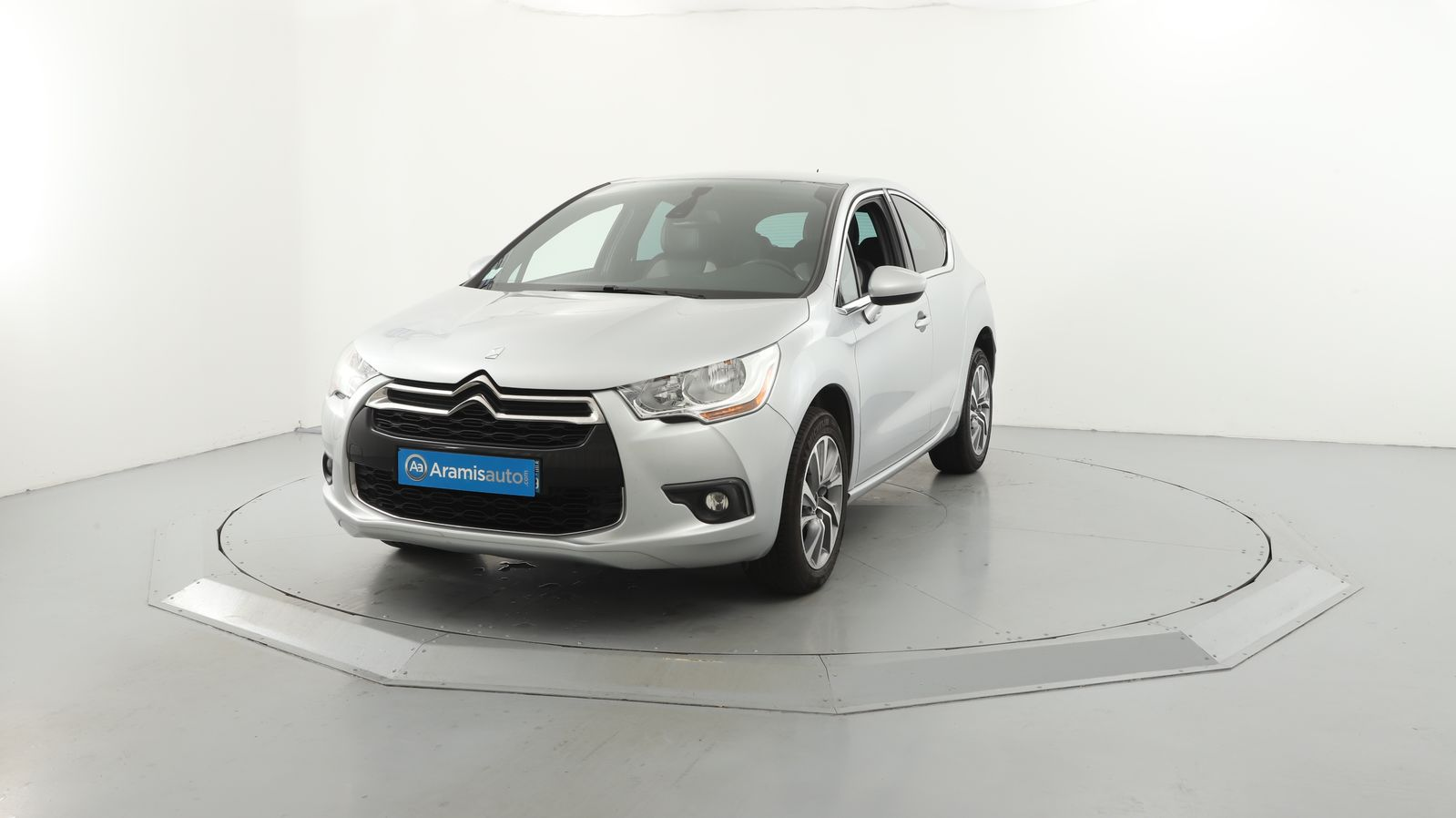 DS DS4