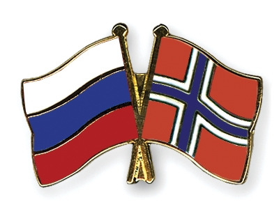 russia/norway flags