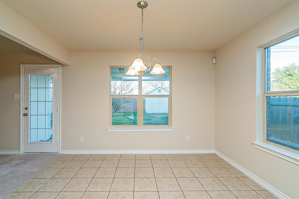441 Buoy Drive, Crowley, Texas 76036 - acquisto real estate best real estate company to work for