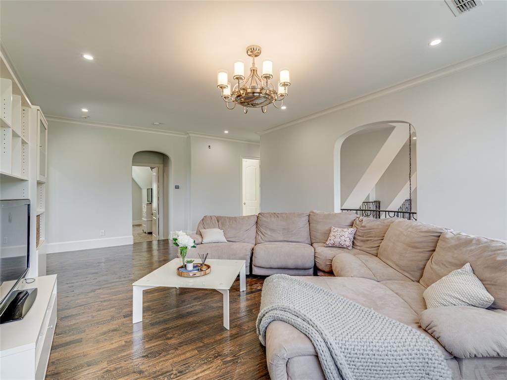 230 Oak Tree Drive, Waxahachie, Texas 75165 - acquisto real estate best park cities realtor kim miller best staging agent