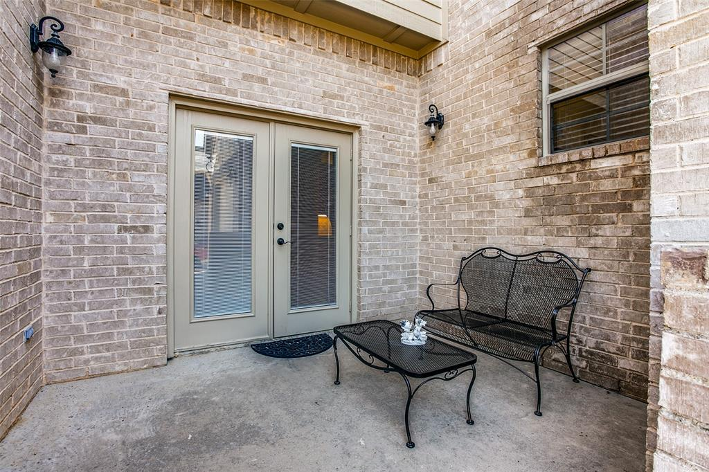 7920 Forest View Court, North Richland Hills, Texas 76182 - acquisto real estate agent of the year mike shepherd