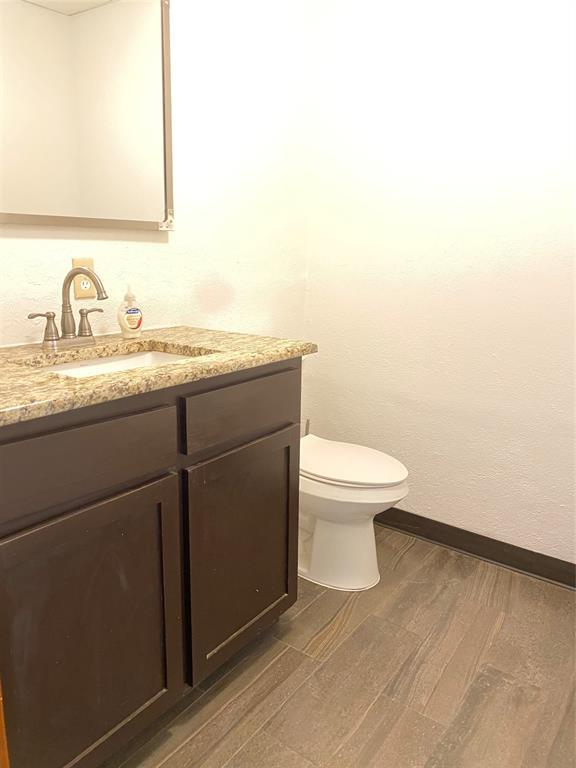 321 Mockingbird Lane, Dallas, Texas 75247 - acquisto real estate best designer and realtor hannah ewing kind realtor