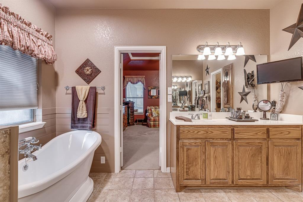6041 Springer Way, Midlothian, Texas 76065 - acquisto real estate best designer and realtor hannah ewing kind realtor