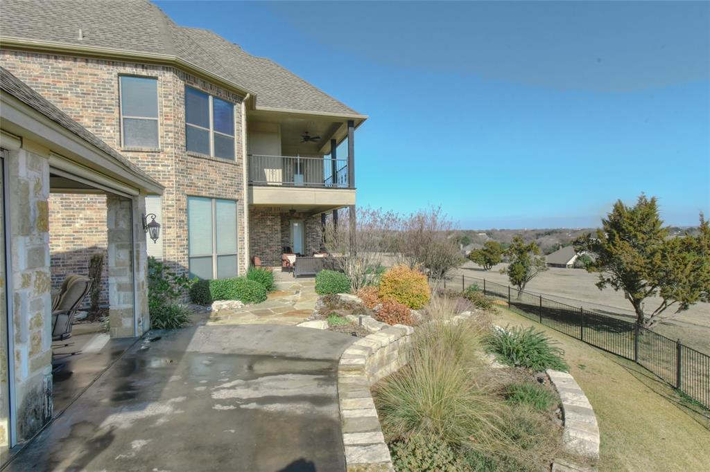 4425 Fairway View Drive, Fort Worth, Texas 76008 - acquisto real estate best plano real estate agent mike shepherd