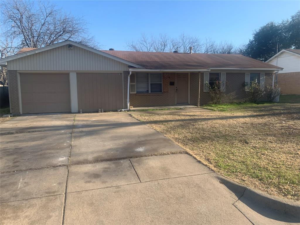 308 Craig Street, Burleson, Texas 76028 - Acquisto Real Estate best frisco realtor Amy Gasperini 1031 exchange expert