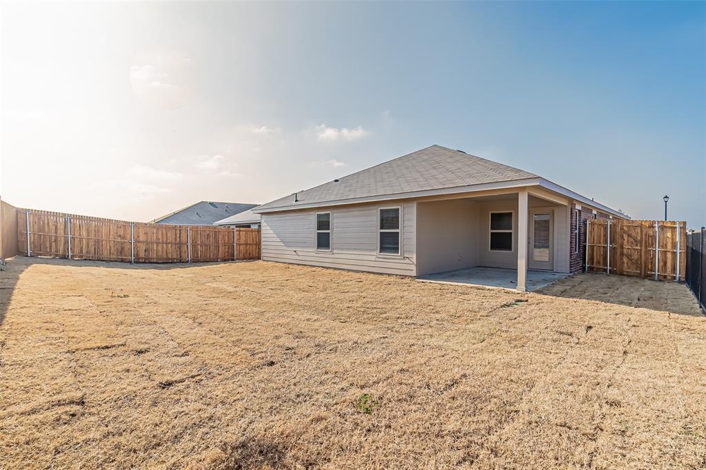 1008 Silver Maple Lane, Royse City, Texas 75189 - acquisto real estate best looking realtor in america shana acquisto