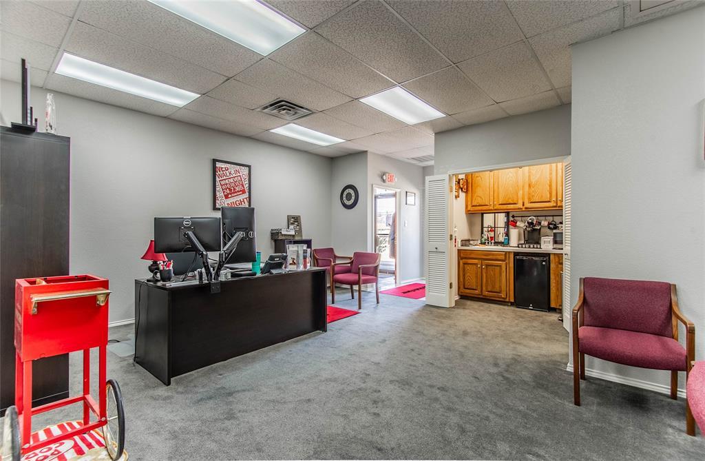 2305 Roosevelt Drive, Dalworthington Gardens, Texas 76016 - acquisto real estate best style realtor kim miller best real estate reviews dfw