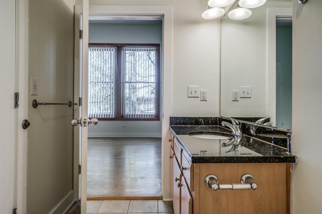 2502 Live Oak Street, Dallas, Texas 75204 - acquisto real estate best designer and realtor hannah ewing kind realtor