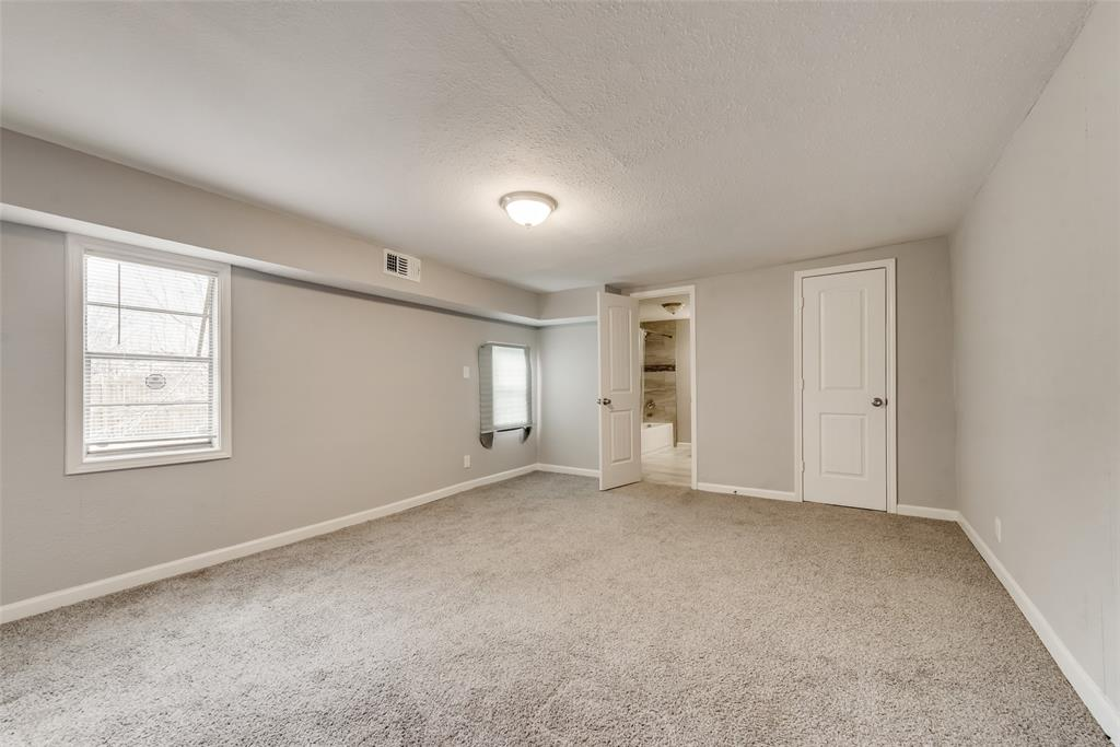 5513 Ramey Avenue, Fort Worth, Texas 76112 - acquisto real estate best investor home specialist mike shepherd relocation expert