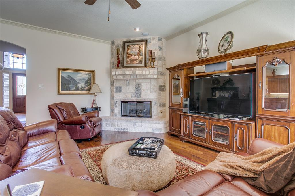 7920 Forest View Court, North Richland Hills, Texas 76182 - acquisto real estate best real estate company to work for