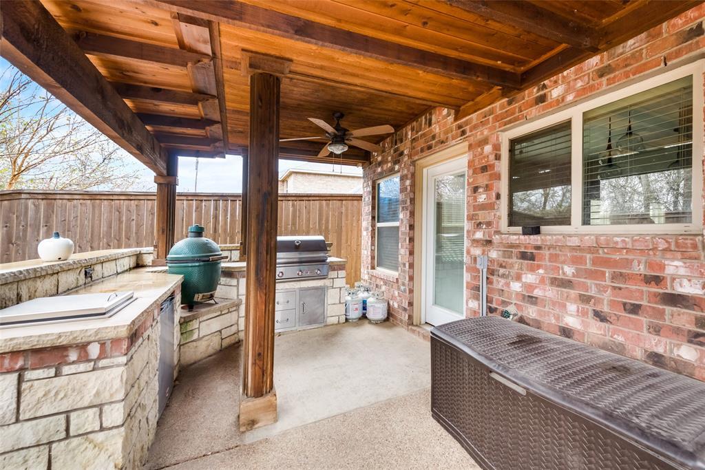 5568 Thunder Bay Drive, Fort Worth, Texas 76119 - acquisto real estate best negotiating realtor linda miller declutter realtor