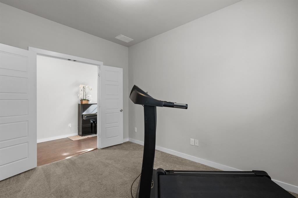 529 Barnstorm Drive, Celina, Texas 75009 - acquisto real estate best listing photos hannah ewing mckinney real estate expert