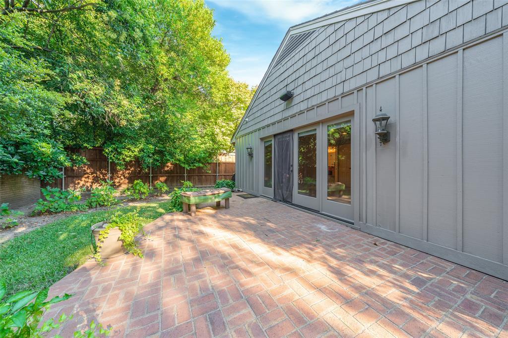 7243 Baxtershire Drive, Dallas, Texas 75230 - acquisto real estate best looking realtor in america shana acquisto