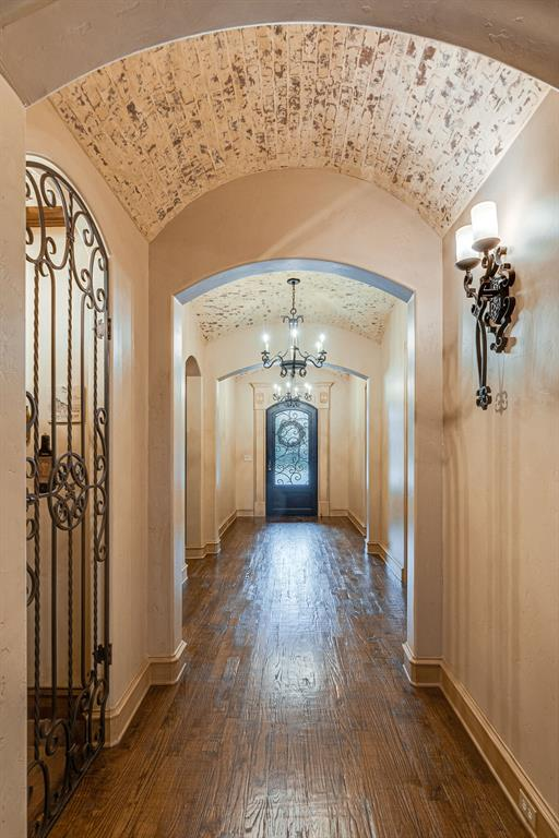 6100 Brazos Court, Colleyville, Texas 76034 - acquisto real estate best celina realtor logan lawrence best dressed realtor