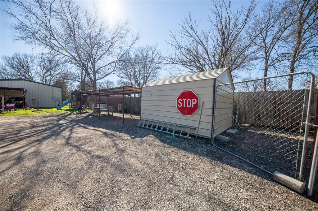 2625 County Road 2510 Quinlan, Texas 75474 - acquisto real estate best park cities realtor kim miller best staging agent