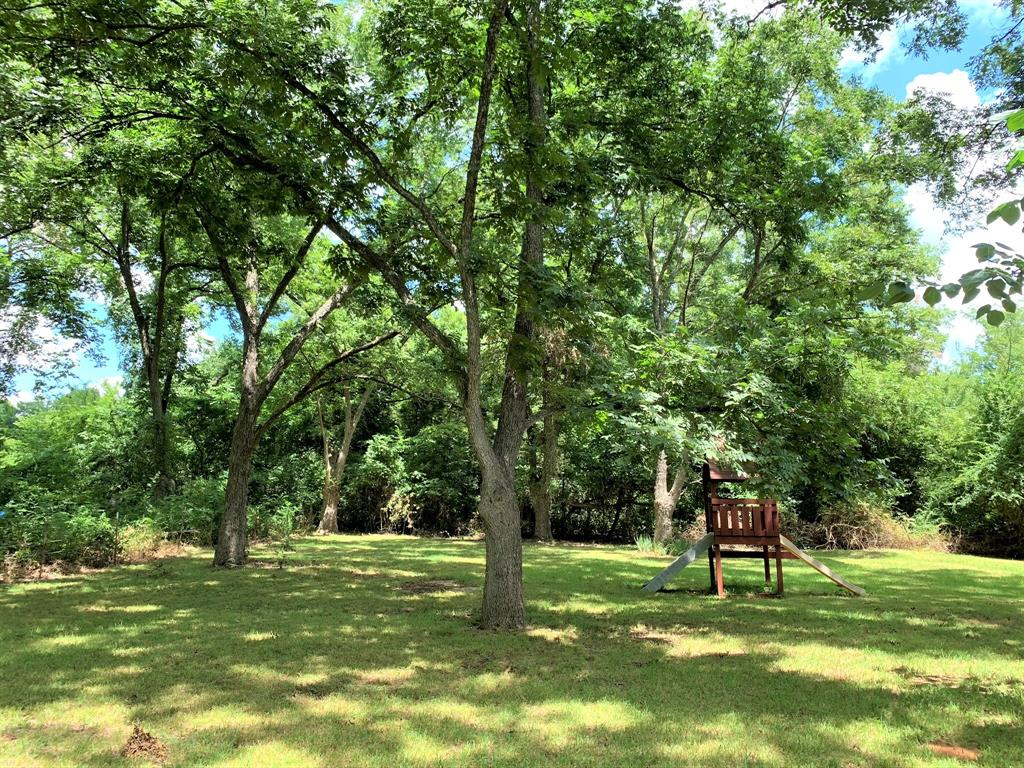 2088 County Road 1215  Savoy, Texas 75479 - acquisto real estate best plano real estate agent mike shepherd