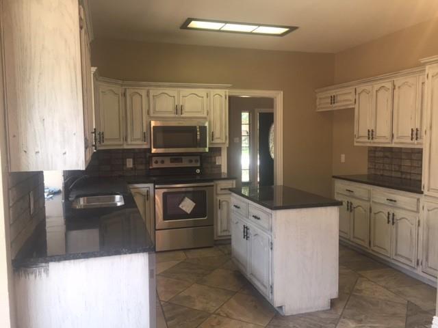 6434 Bay Hill Drive, Abilene, Texas 79606 - acquisto real estate best new home sales realtor linda miller executor real estate