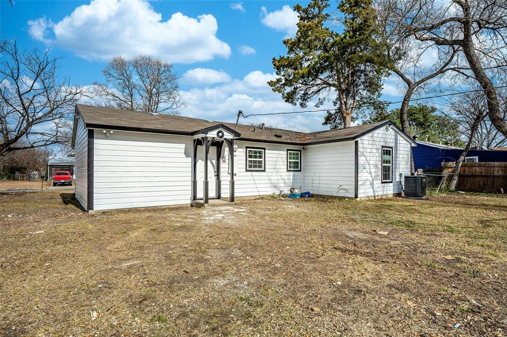 2404 Larry Drive, Dallas, Texas 75228 - acquisto real estate best style realtor kim miller best real estate reviews dfw