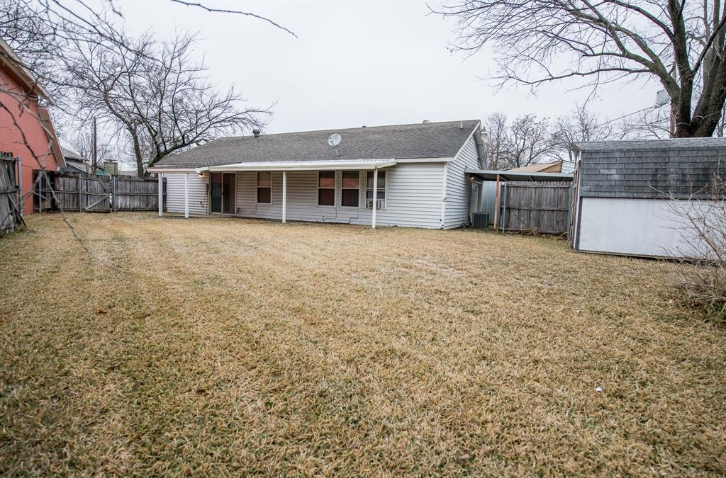 10352 Nantucket Village Court, Dallas, Texas 75227 - acquisto real estate best new home sales realtor linda miller executor real estate