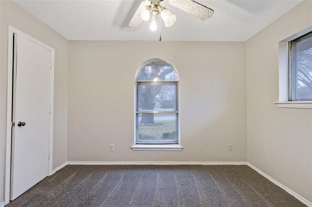 1240 Hanna Circle, DeSoto, Texas 75115 - acquisto real estate best designer and realtor hannah ewing kind realtor