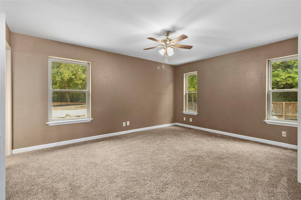 1709 Circle Drive, Tyler, Texas 75703 - acquisto real estate best designer and realtor hannah ewing kind realtor