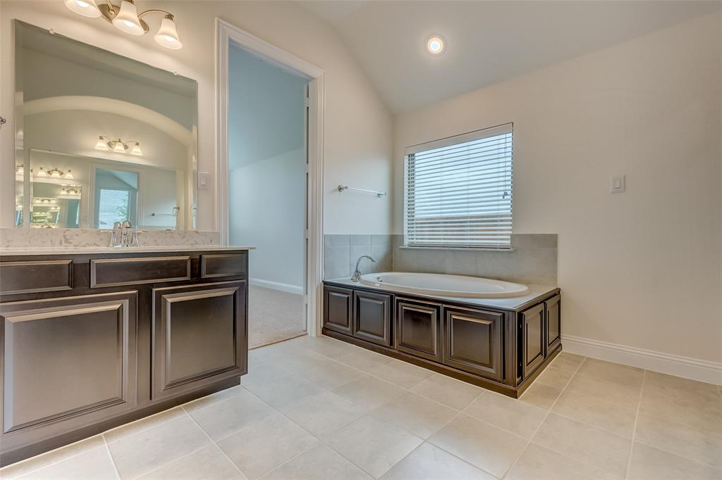 11359 Misty Ridge Drive, Flower Mound, Texas 76262 - acquisto real estate best photos for luxury listings amy gasperini quick sale real estate