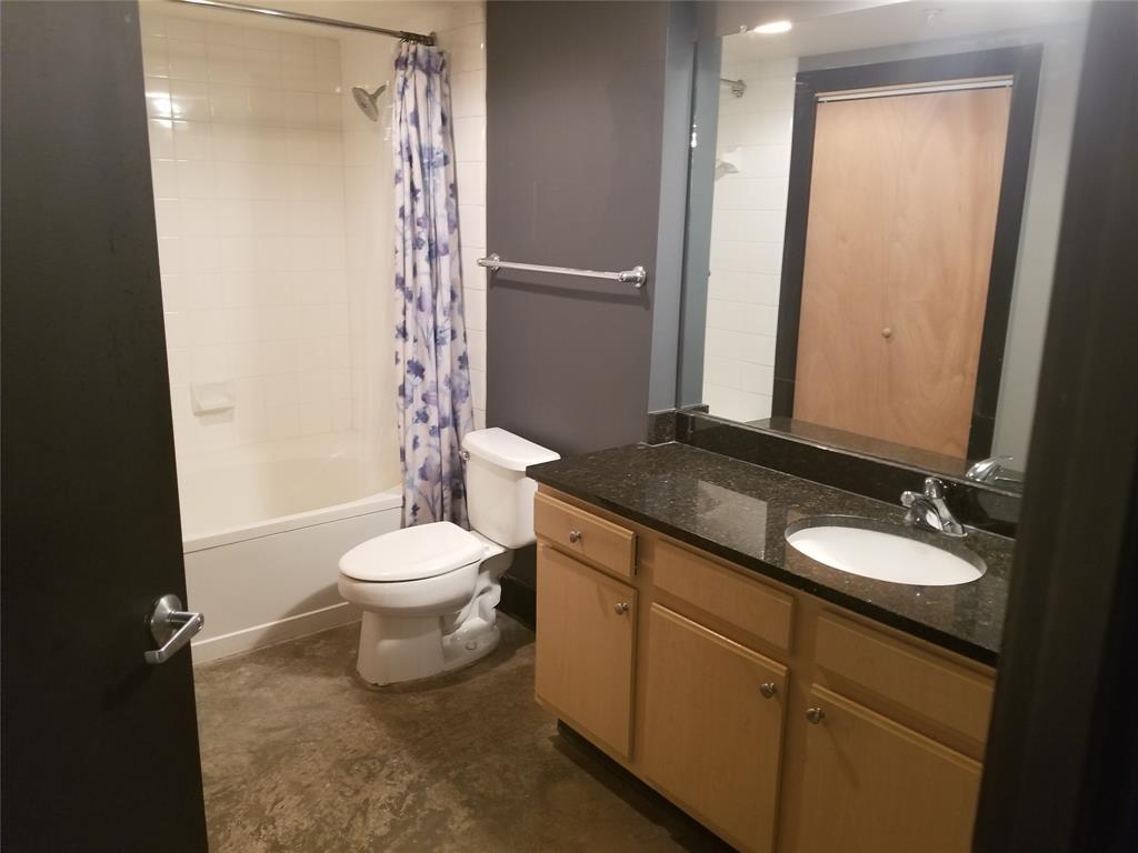 2502 Live Oak Street, Dallas, Texas 75204 - acquisto real estate best the colony realtor linda miller the bridges real estate