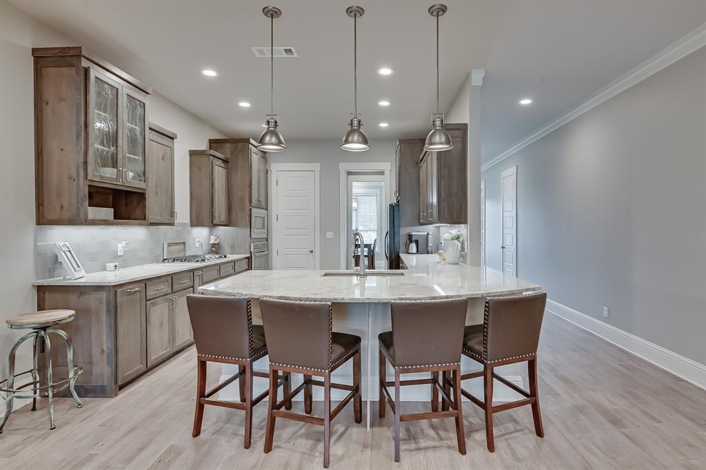 7108 Bursey Road, North Richland Hills, Texas 76182 - acquisto real estate best designer and realtor hannah ewing kind realtor