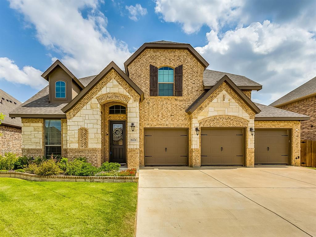 5113 Chisholm View Drive, Fort Worth, Texas 76123 - Acquisto Real Estate best plano realtor mike Shepherd home owners association expert