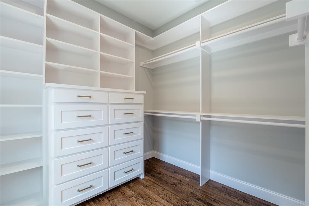 4706 Junius Street, Dallas, Texas 75246 - acquisto real estate best celina realtor logan lawrence best dressed realtor
