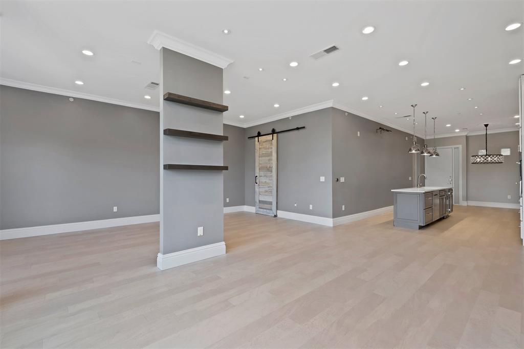 2950 Mckinney Avenue, Dallas, Texas 75204 - acquisto real estate best designer and realtor hannah ewing kind realtor