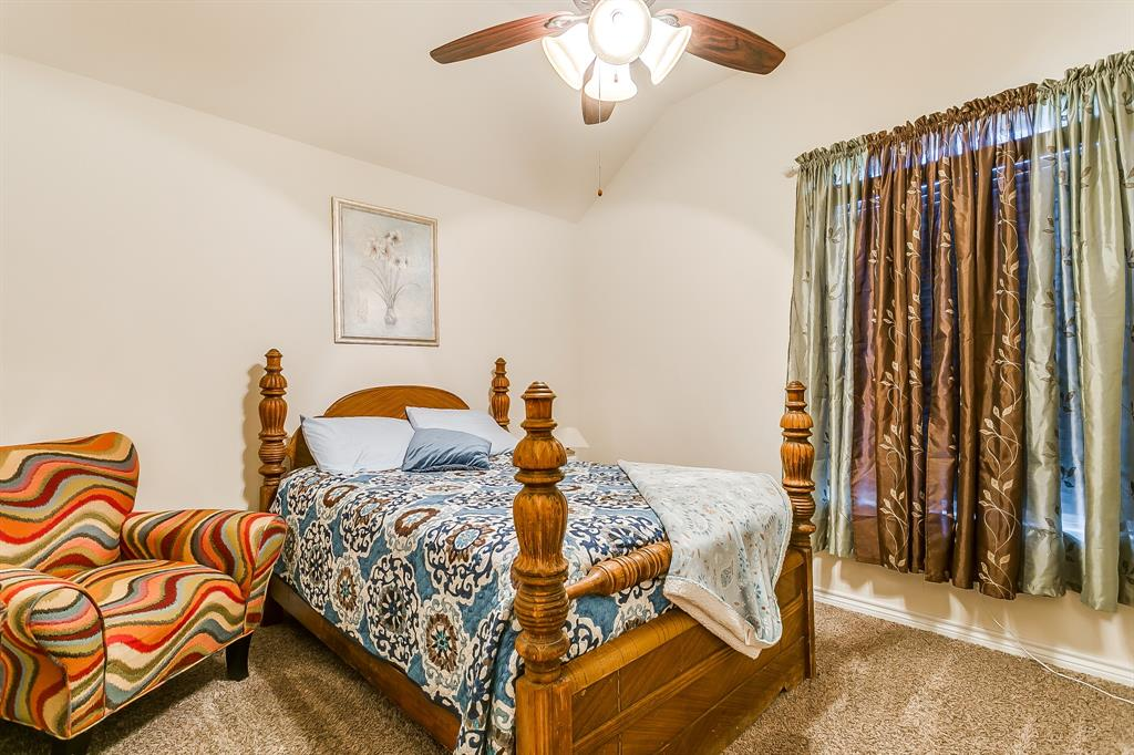 108 Chloe Court, Boyd, Texas 76023 - acquisto real estate best looking realtor in america shana acquisto