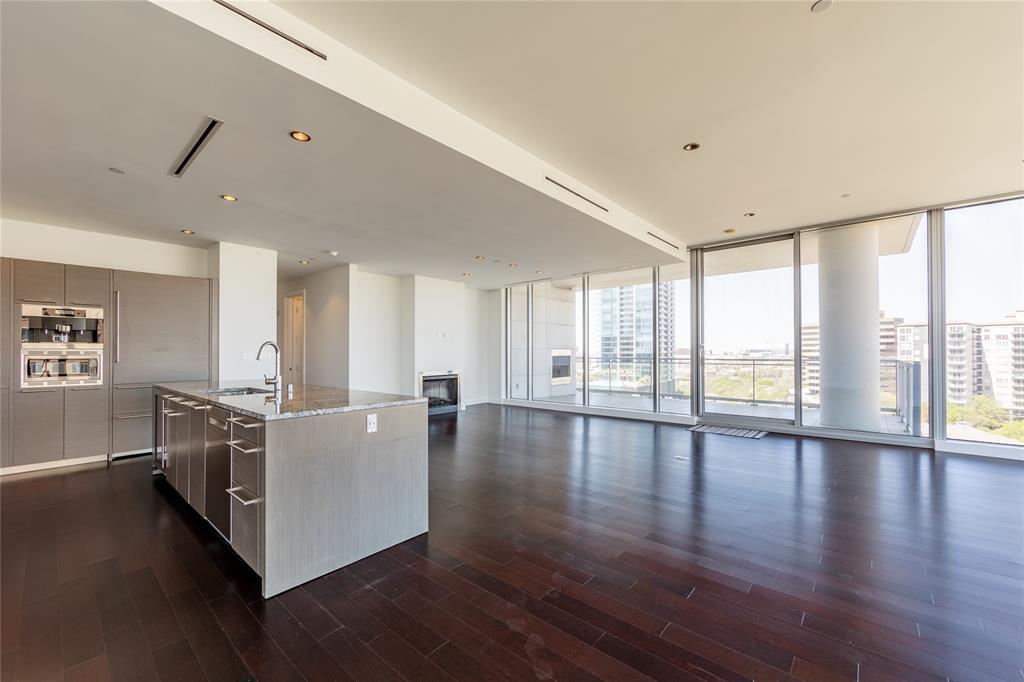 2900 Mckinnon  Street, Dallas, Texas 75201 - Acquisto Real Estate best plano realtor mike Shepherd home owners association expert