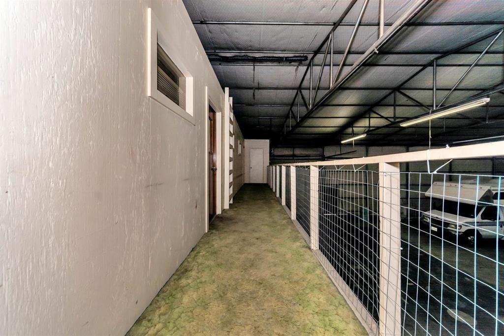 2004 Chico Highway, Bridgeport, Texas 76426 - acquisto real estate best designer and realtor hannah ewing kind realtor