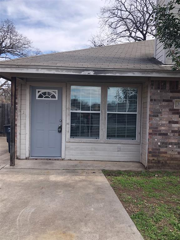 322 Wayne Street, Fort Worth, Texas 76111 - Acquisto Real Estate best plano realtor mike Shepherd home owners association expert