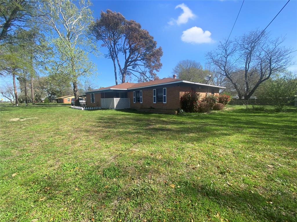 7383 State Highway 19  Athens, Texas 75751 - acquisto real estate best realtor foreclosure real estate mike shepeherd walnut grove realtor
