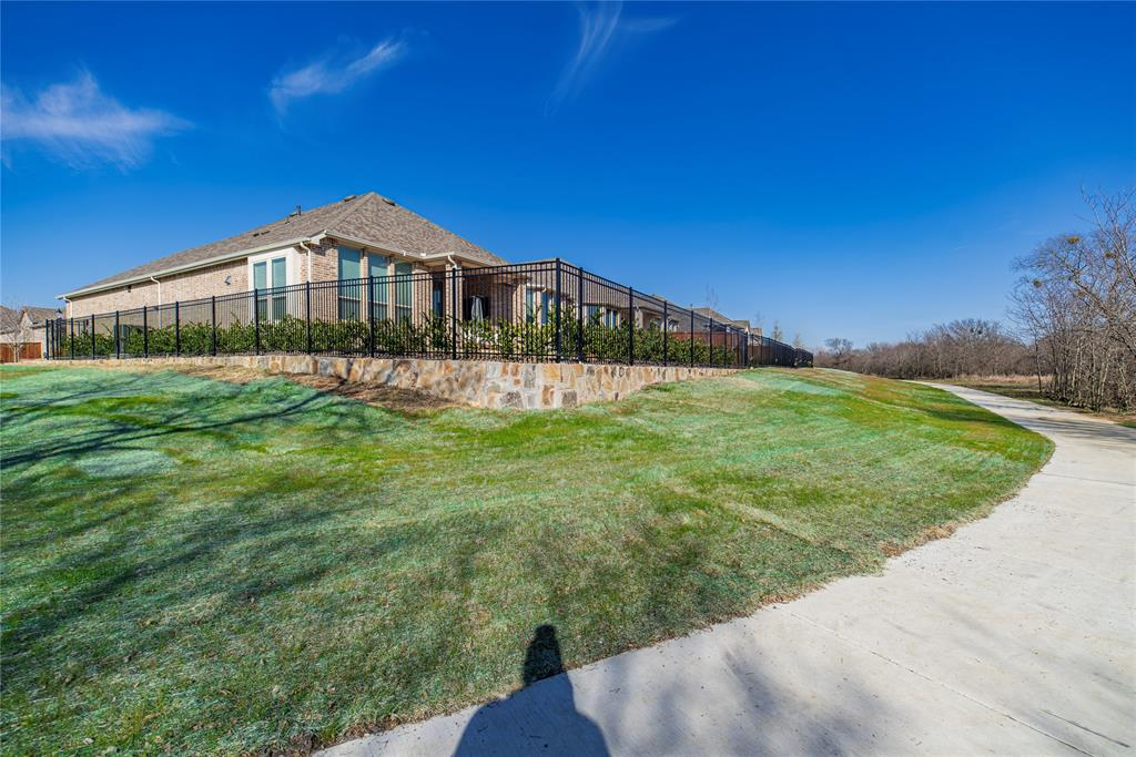 1100 Bluestem Drive, Aubrey, Texas 76227 - acquisto real estate best photo company frisco 3d listings
