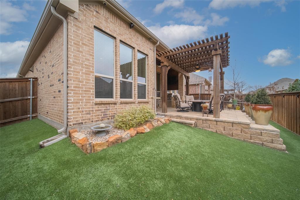 6008 Kenyon Court, Flower Mound, Texas 75028 - acquisto real estate best park cities realtor kim miller best staging agent