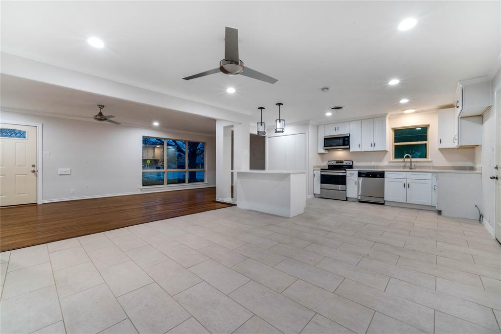 1805 Viewcrest Drive, Dallas, Texas 75228 - acquisto real estate best new home sales realtor linda miller executor real estate