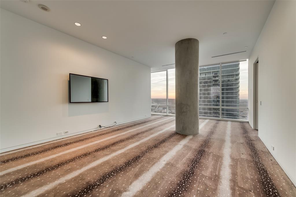 2430 Victory Park Lane, Dallas, Texas 75219 - acquisto real estate best plano real estate agent mike shepherd
